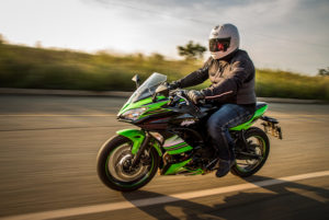 Kawasaki Ninja 650 Tracking