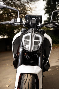KTM 390 Duke headlight
