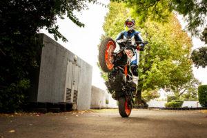 KTM 390 Duke wheelie